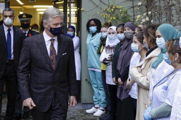 Koning Filip brengt bezoek aan Wijkgezondheidscentrum De Brug in Sint-Jans-Molenbeek
