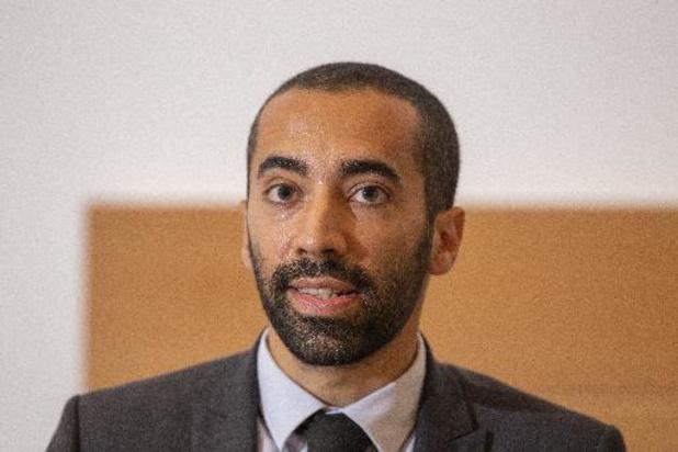 """""""Aucun enfant ne devrait passer la nuit dehors"""", répond Médecins du Monde à Sammy Mahdi"""