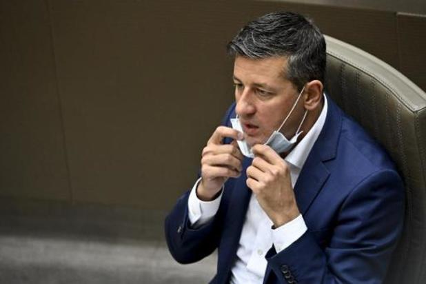 """Vlaams Belang distantieert zich van """"platte bewoordingen"""" Elbers"""