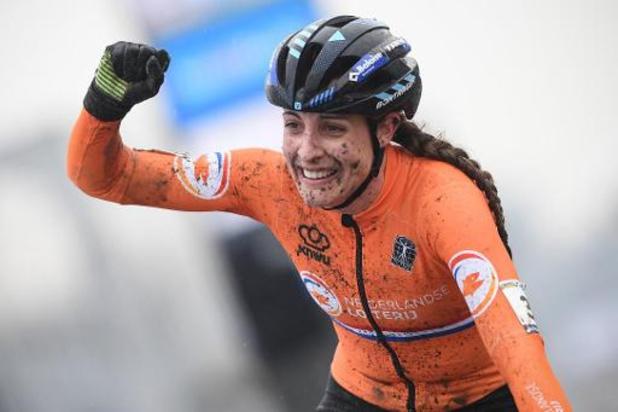 """Championnats du monde de cyclocross - Lucinda Brand aux anges après son sacre: """"Magnifique de gagner après une telle saison"""""""