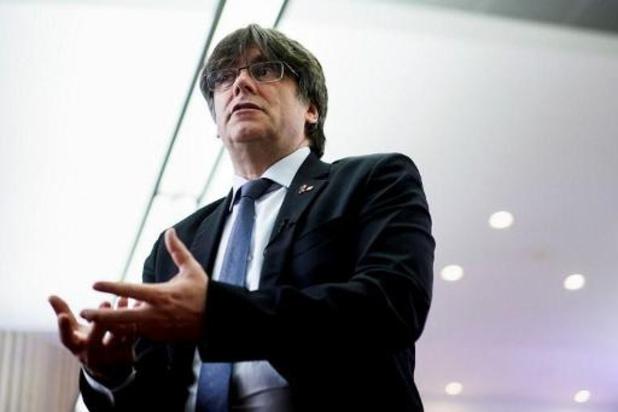 La suite des débats sur les mandats d'arrêt d'anciens ministres catalans reportée sine die