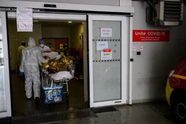 Totaal van ruim 17.000 doden in Frankrijk, eerste daling van ziekenhuisopnames