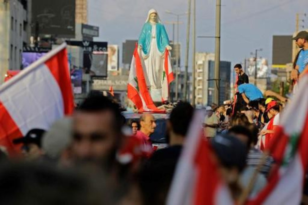 Liban: sous pression de la rue, le gouvernement annonce des réformes