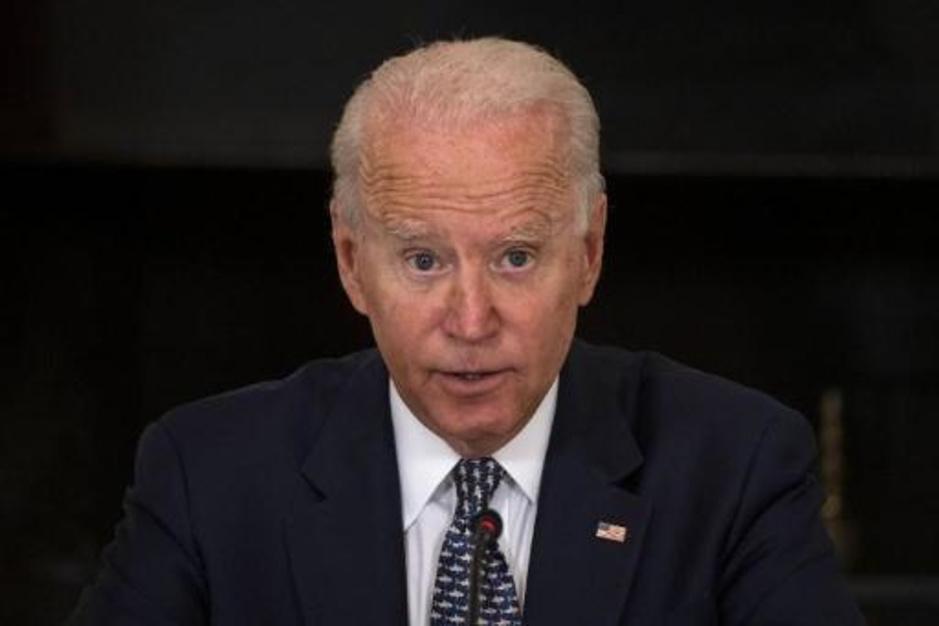 President Biden verdedigt Afghanistanbeleid: 'Trump maakte de taliban sterker'