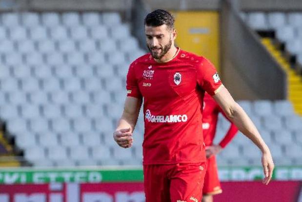 Le défenseur néerlandais Wesley Hoedt rejoint Anderlecht