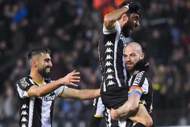 Jupiler Pro League - Charleroi wint Waalse derby tegen Standard