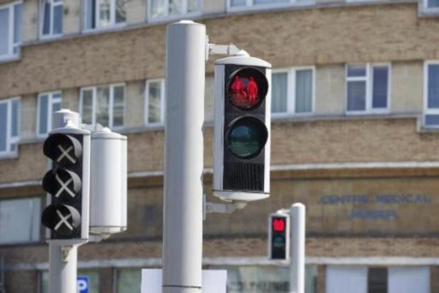 Veiliger én minder agressie: Verberg het voetgangerslicht voor automobilisten