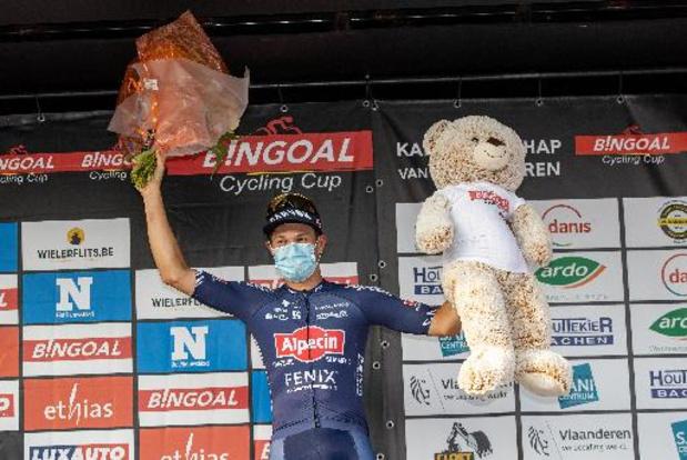 Trois sur trois pour Jasper Philipsen, vainqueur au sprint devant Jordi Meeus