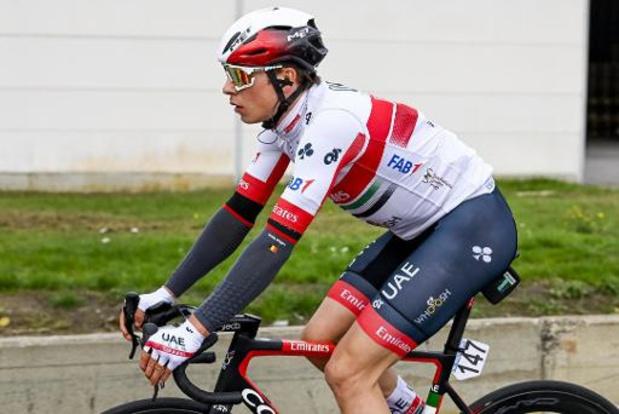 Jasper Philipsen sprint naar derde Belgische ritzege