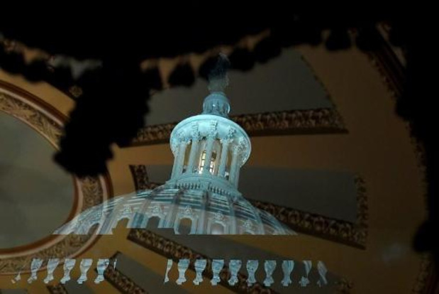 Senaat legt procedure in afzettingsproces vast