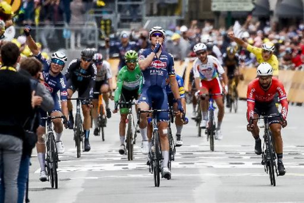 """Tour de France - Merlier vol ongeloof: """"Ik beleef een droom"""""""