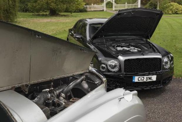 Bentley en de V8, diamanten bruiloft