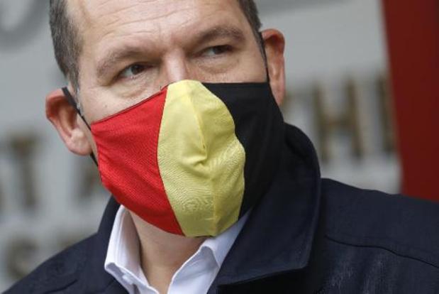 """Il n'y a pas de """"son et lumière"""" à la Grand-Place de Bruxelles, souligne Philippe Close"""