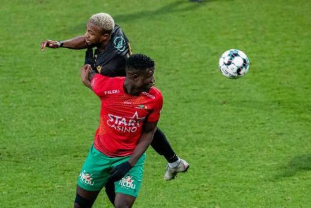 Jupiler Pro League - Ostende écarte Saint-Trond et grimpe provisoirement dans le top 4