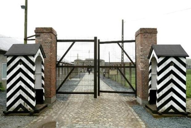 Parket start opsporingsonderzoek na Hitlergroet in fort van Breendonk