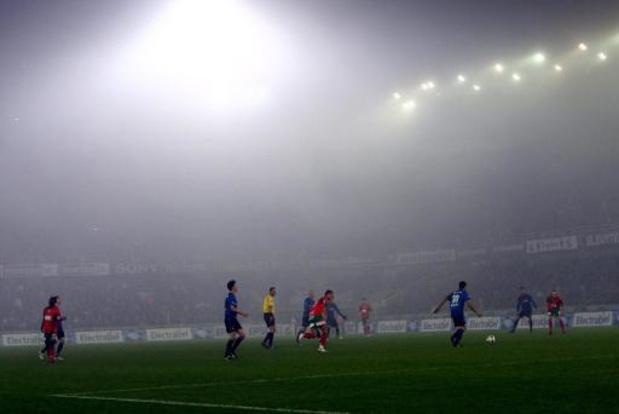 Une journée très ensoleillée après la dissipation de la brume ou du brouillard