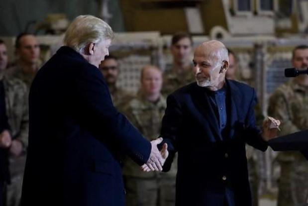 """Trump stelt """"aanzienlijke"""" afname geweld als voorwaarde voor onderhandelingen met taliban"""