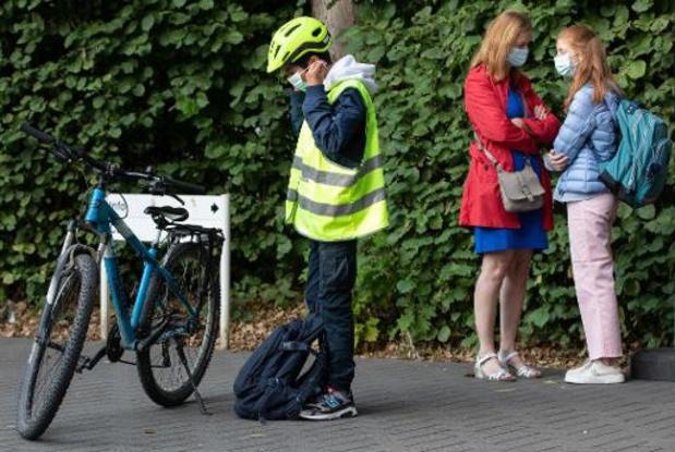 Septante médecins flamands demandent l'abolition du masque dans les écoles