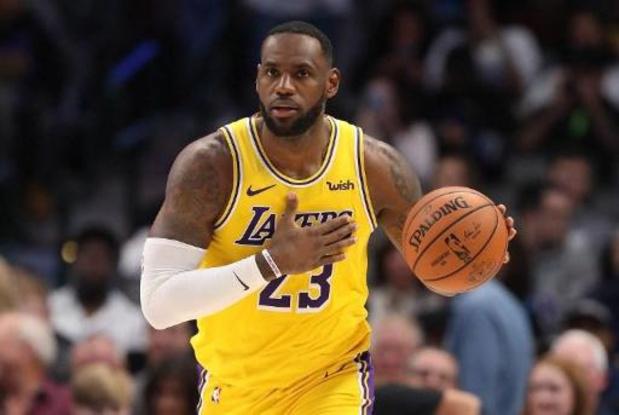 Menés de 17 points à Chicago, les Lakers s'imposent et s'offrent une 6e victoire d'affilée