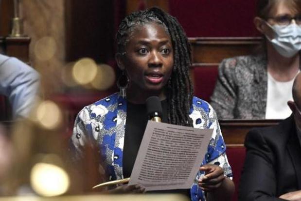 """Un hebdomadaire français sous le coup d'une enquête pour """"injures racistes"""""""