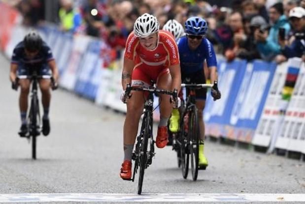Norsgaard wint sprint na 'rondje Comomeer', Van der Breggen blijft leidster in Giro Donne