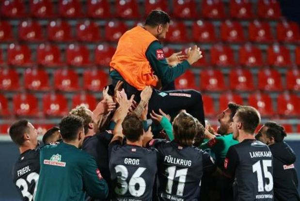 L'attaquant péruvien Claudio Pizarro, figure du football allemand, prend sa retraite