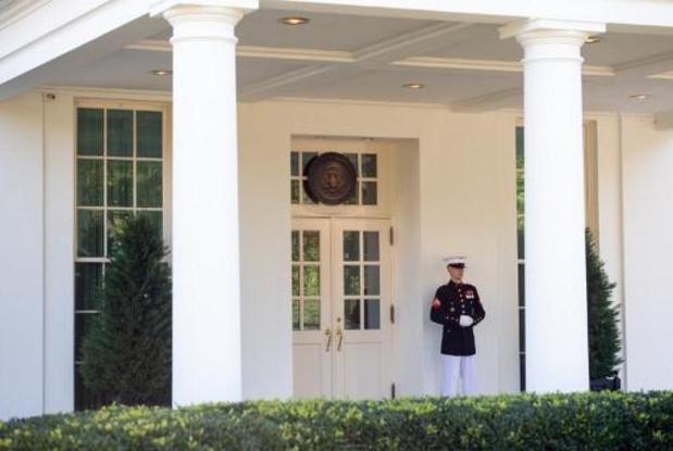 Trump positif au Covid - Trump dans le Bureau ovale, 6 jours après avoir été testé positif au Covid-19