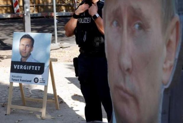 Russische overheidsdienst dreigt voorwaardelijke straf Navalny om te zetten in effectief