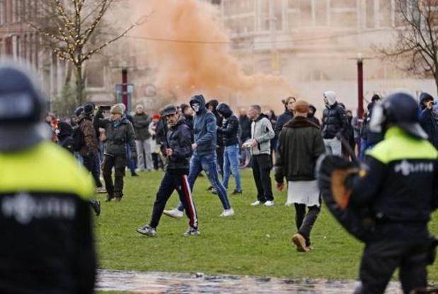 Une centaine de personnes arrêtées lors d'une manifestation interdite à Amsterdam