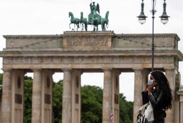 Bijna 1.500 nieuwe infecties in Duitsland