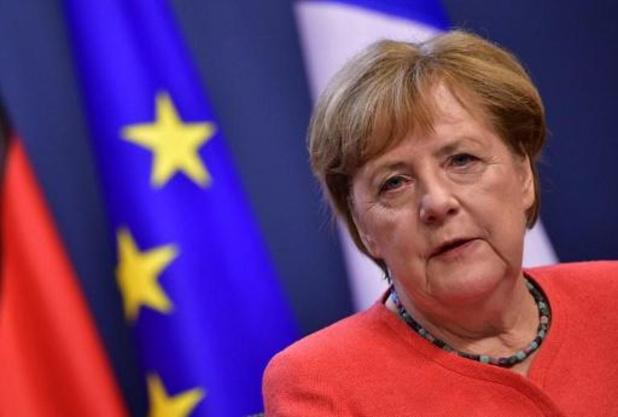Merkel belooft steun aan slachtoffers van overstromingen