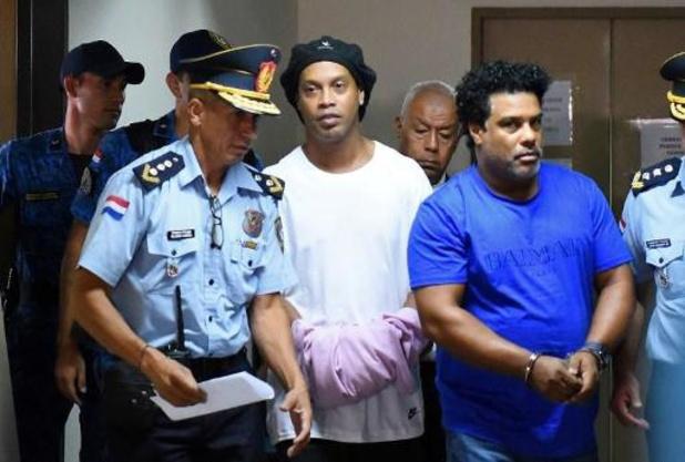 Ronaldinho blijft in de cel in Paraguay