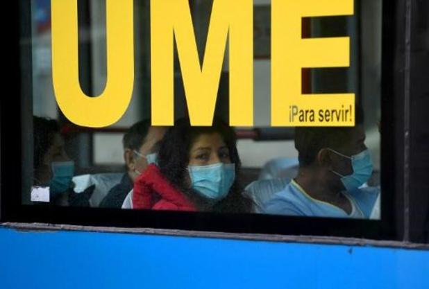 Spaanse regering beveelt mondmasker aan op openbaar vervoer