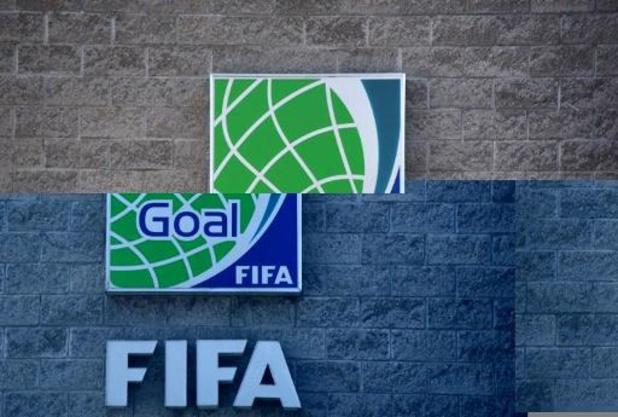 Coronavirus - FIFA-campagne met grote sterren van het voetbal brengt hulde aan zorgverleners