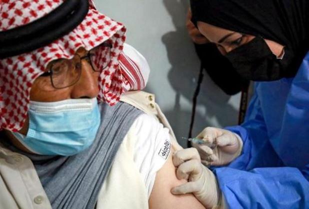 Jordanië eerste land met vaccinaties in vluchtelingenkamp