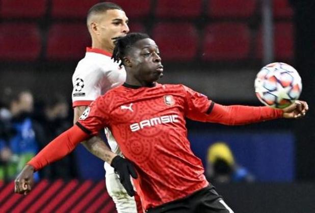 Champions League - Jeremy Doku lijdt met Rennes 1-3 nederlaag tegen Sevilla in laatste groepswedstrijd