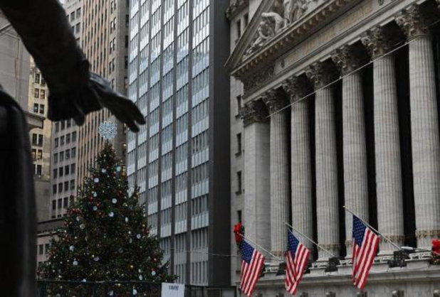 Wall Street termine une séance mitigée malgré le succès d'Airbnb