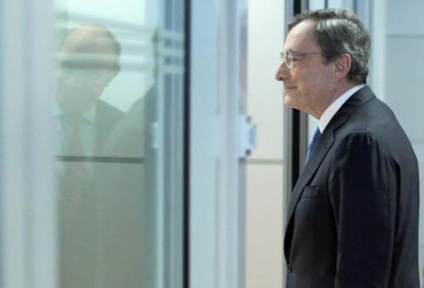 Draghi verdedigt rentebeleid door te wijzen op economische risico's