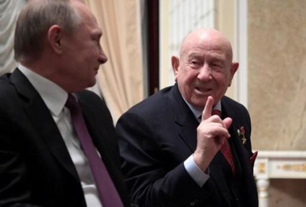 Décès d'Alexeï Leonov, le premier homme à être sorti dans l'espace