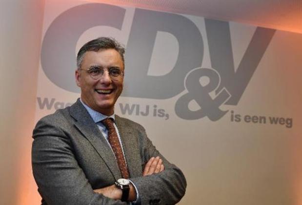 Joachim Coens wil regering van experten