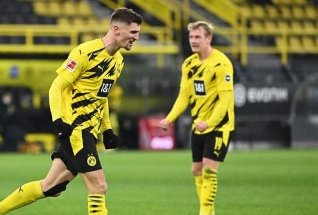 Les Belges à l'étranger - Mené 0-2, le Bayern a battu Dortmund 4-2 et reste en tête