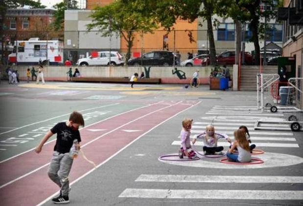 Coronavirus - New Yorkse scholen in de zwaarst getroffen buurten opnieuw dicht