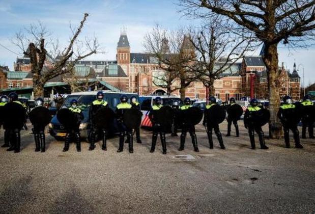 Politie grijpt in op betoging in Amsterdam, rust weergekeerd