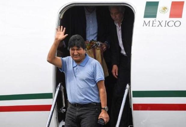 """Evo Morales atterrit au Mexique et promet de """"continuer la lutte"""""""