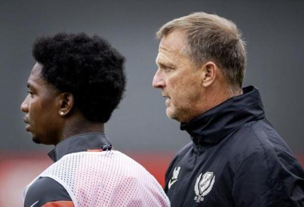 Van den Brom, op weg naar Genk, ontbreekt op training van FC Utrecht