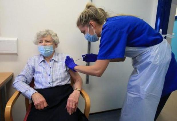 Al een miljoen Britten gevaccineerd tegen corona