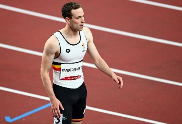 Robin Vanderbemden strandt met kapotte spike in halve finales 200m