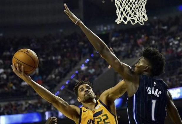 NBA - Jonathan Isaac blijft als enige rechtstaan bij volkslied