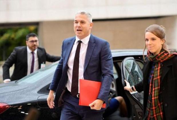 Britse regering schat 'brexit-rekening' bijna 4 miljard euro lager in dan EU