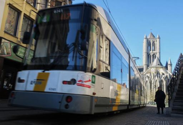 Vervoerregio Gent keurt nieuw plan goed: extra tramlijn en bediening tot na middernacht